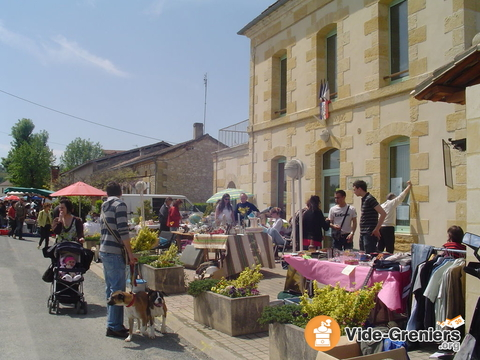 vide grenier saint laurent des vignes aquitaine dordogne. Black Bedroom Furniture Sets. Home Design Ideas